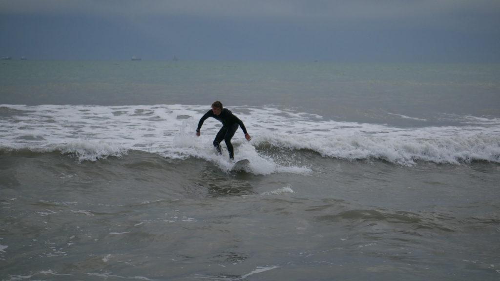 Surfen am Lido, Venedig.