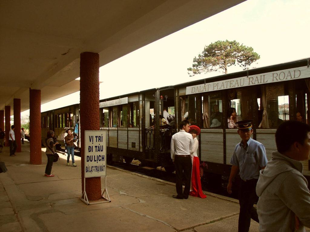 Alter Zug in Da Lat. Vietnam.